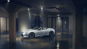 Lexus LC Convertible Concept 01