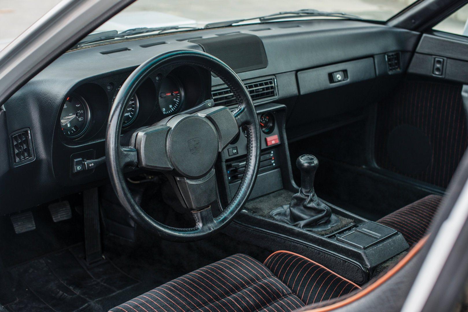 Porsche 924 Carrera GT 4