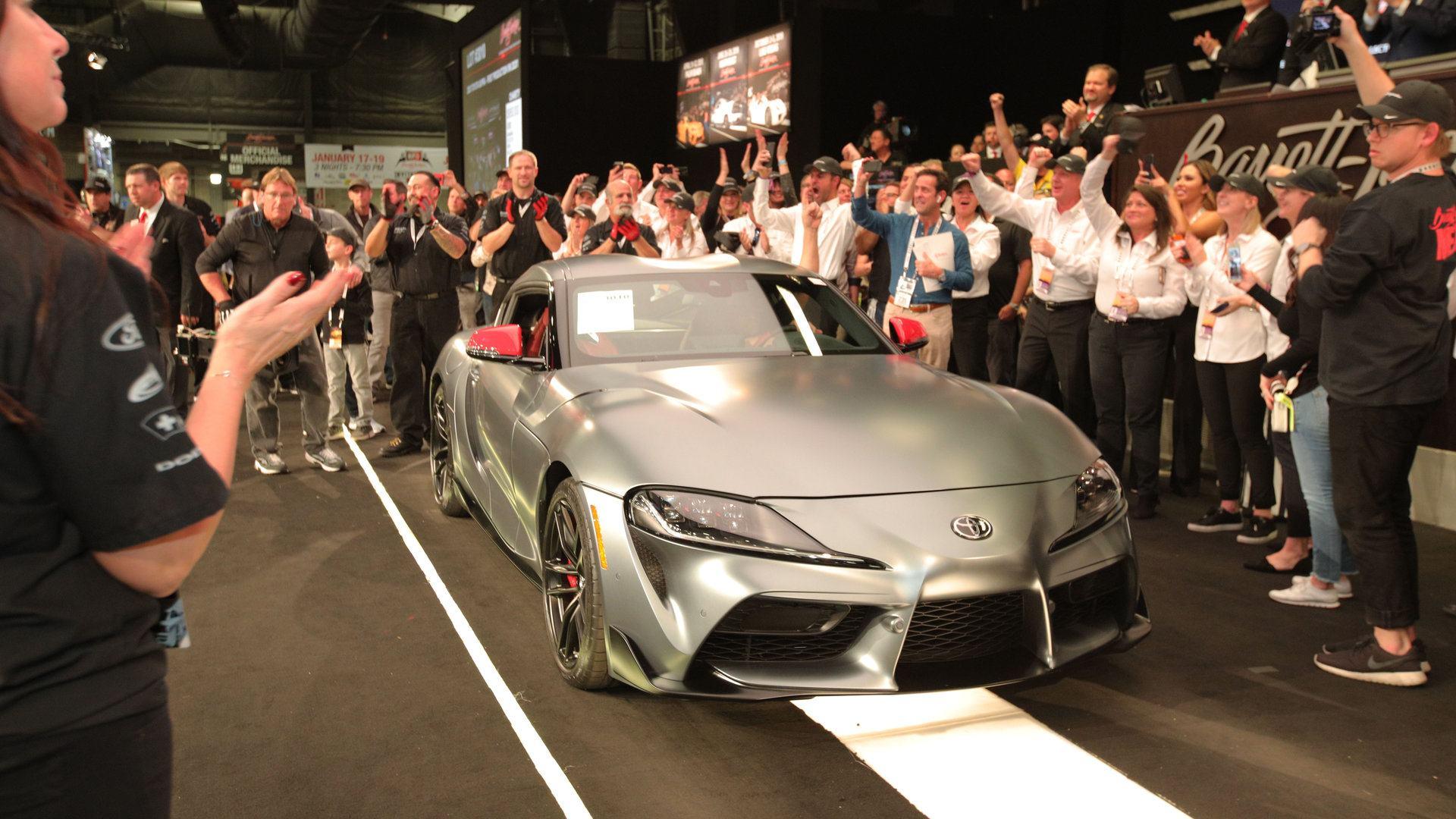 El primer Toyota Supra A90 alcanza un precio desorbitado en la subasta Barrett-Jackson
