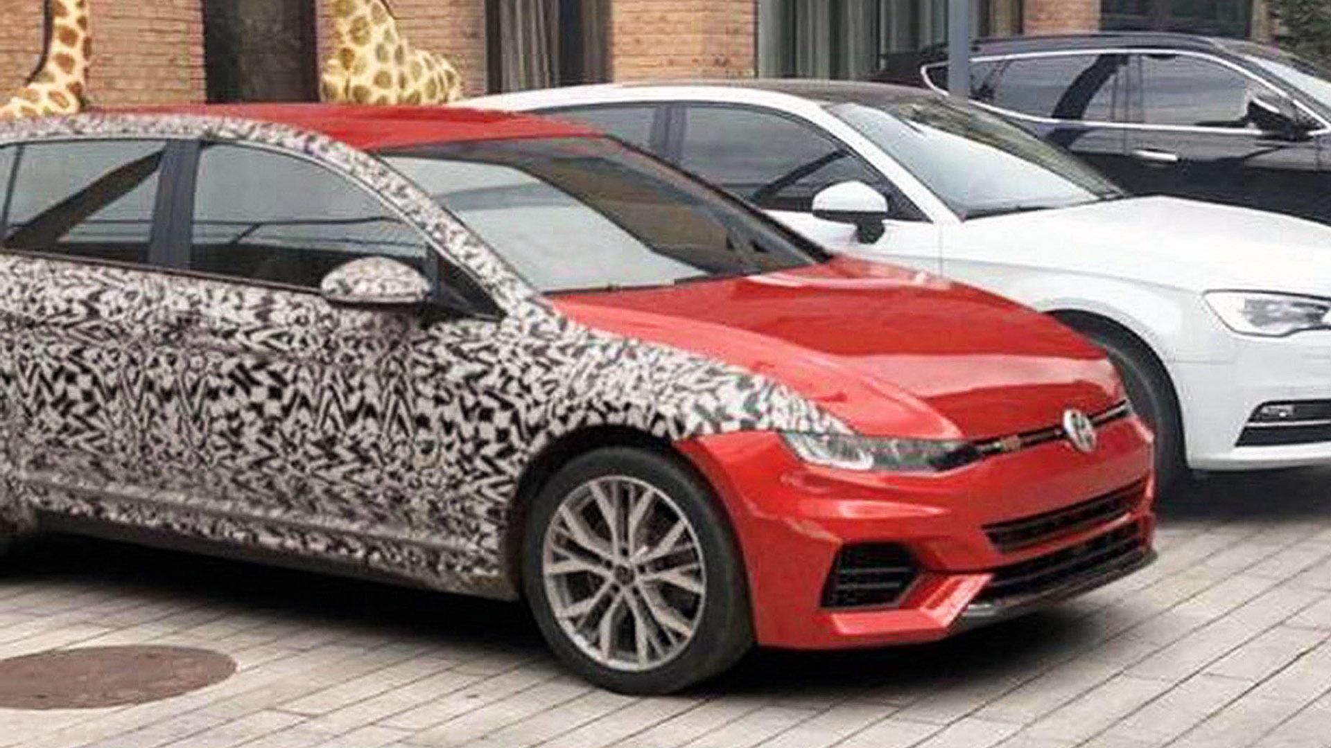 El Volkswagen Golf VIII queda a la vista en Alemania