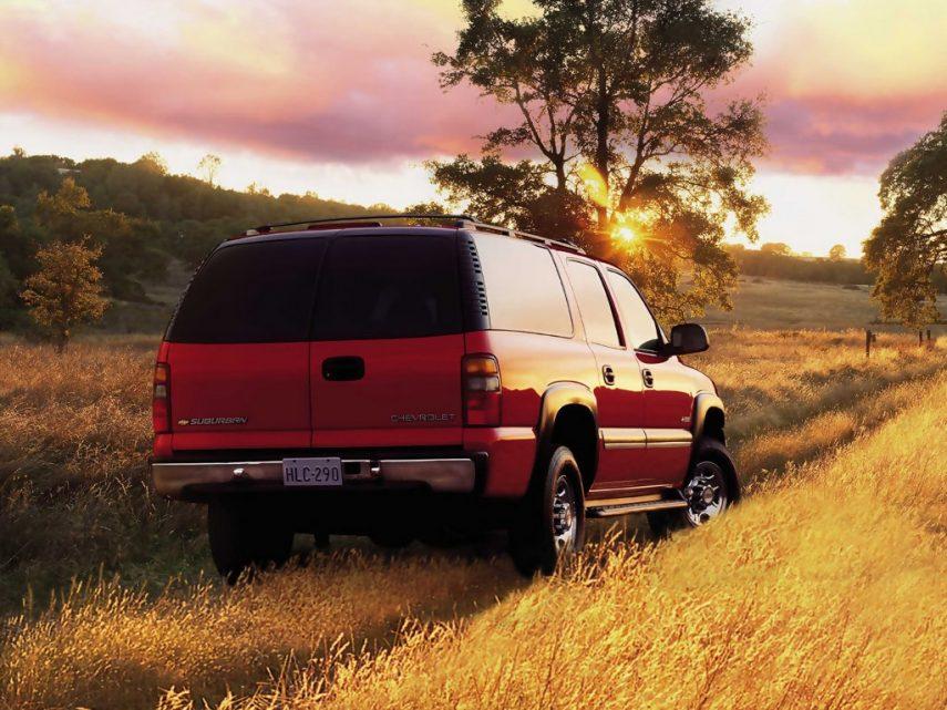 Coche del día: 2001 Chevrolet Suburban 2500 8.1 V8 (GMT800)