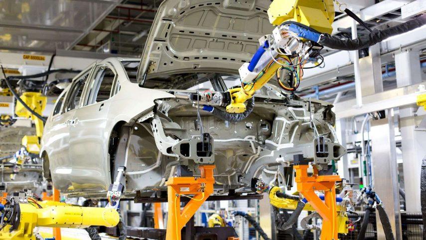 Cómo se fabrica un automóvil en serie (III): Imprimación y sellado