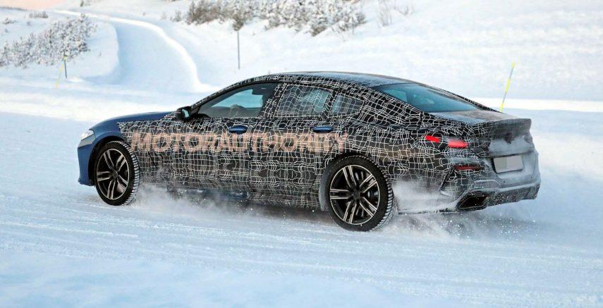 El futuro BMW Serie 8 Gran Coupé, cazado en el hielo