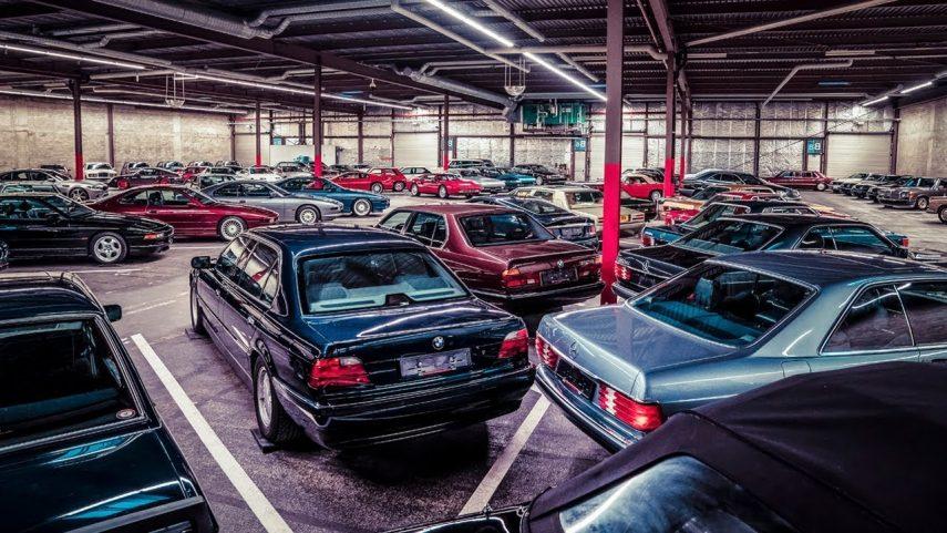 Chris Harris nos muestra un garaje con coches míticos de los 80 y 90