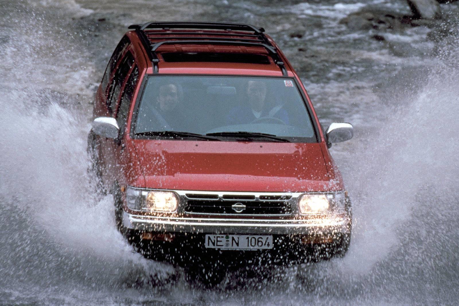Nissan Pathfinder R50 1