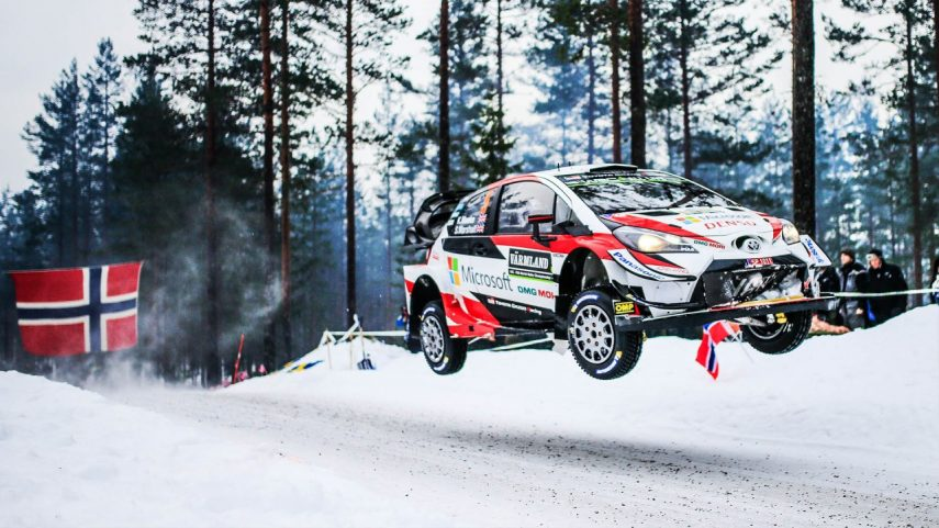 WRC: Tänak – Järveoja dominan en la nieve