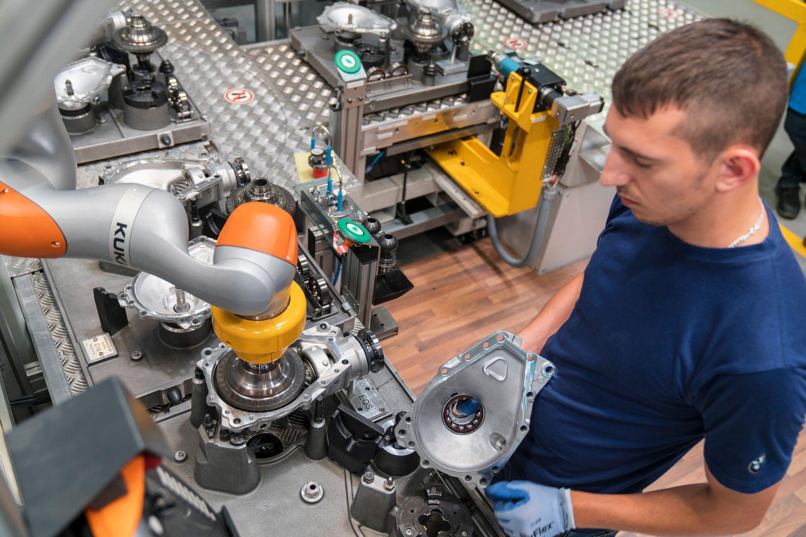80 Robot Colaborativo BMW