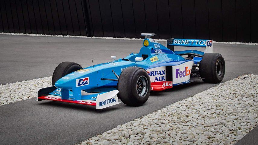 Conviértete en el rey de los track day con este Benetton de Fórmula 1
