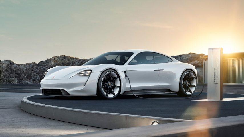 El mundo está loco: La producción de un año del Porsche Taycan ya está vendida
