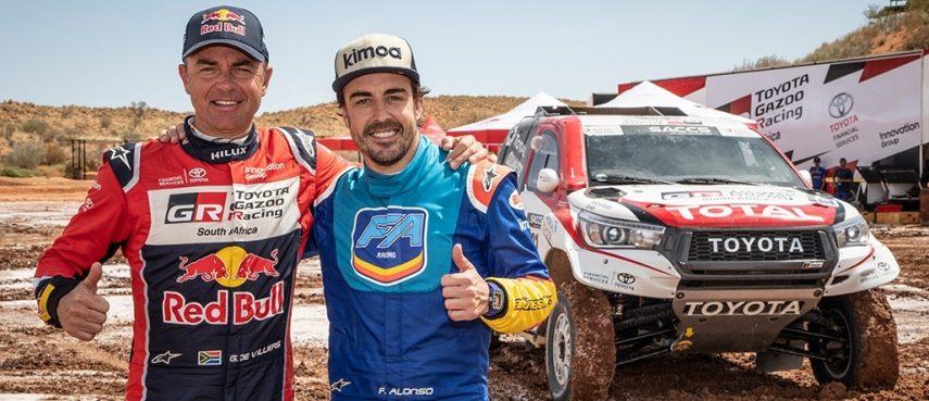 Fernando Alonso se prepara para el Rally Dakar