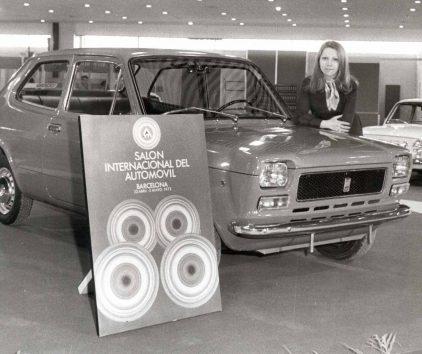 23 1972 Salon Automovil Barcelona Seat 127