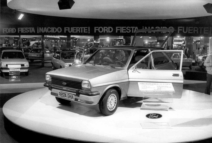 32 1977 Salon Automovil Barcelona Ford Fiesta Ghia