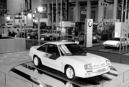 37 1981 Salon Automovil Barcelona Opel Manta 400