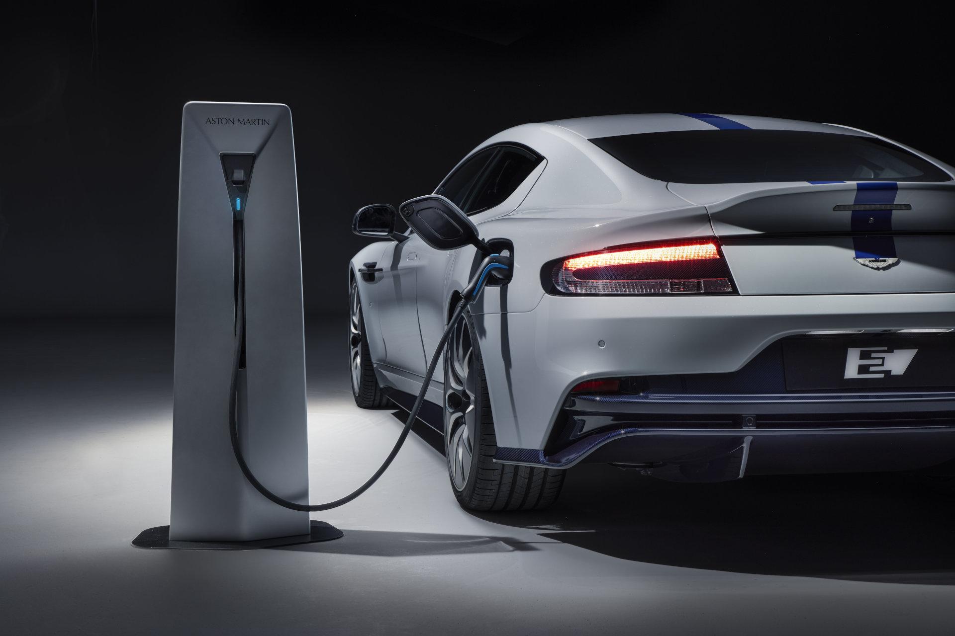Aston Martin comenzará a fabricar coches eléctricos en 2025