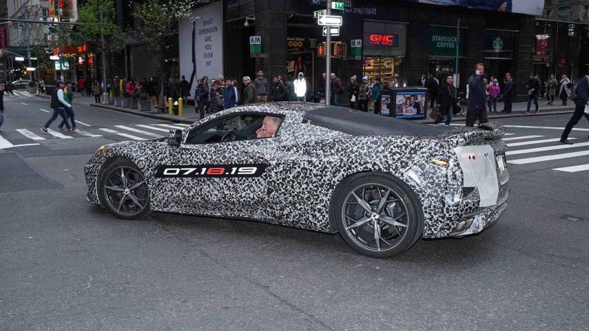 El nuevo Chevrolet Corvette aparece oficialmente en Nueva York