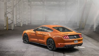 Ford Mustang High Performance Package 2019 05