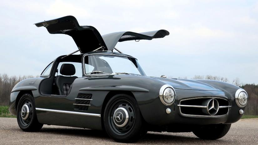 Oro parece, plata no es: un Mercedes-Benz 300 SL del Siglo XXI