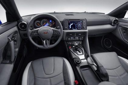 Nissan GT R 50 Aniversario 26