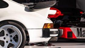 Porsche 911 (930) Lanzante 02