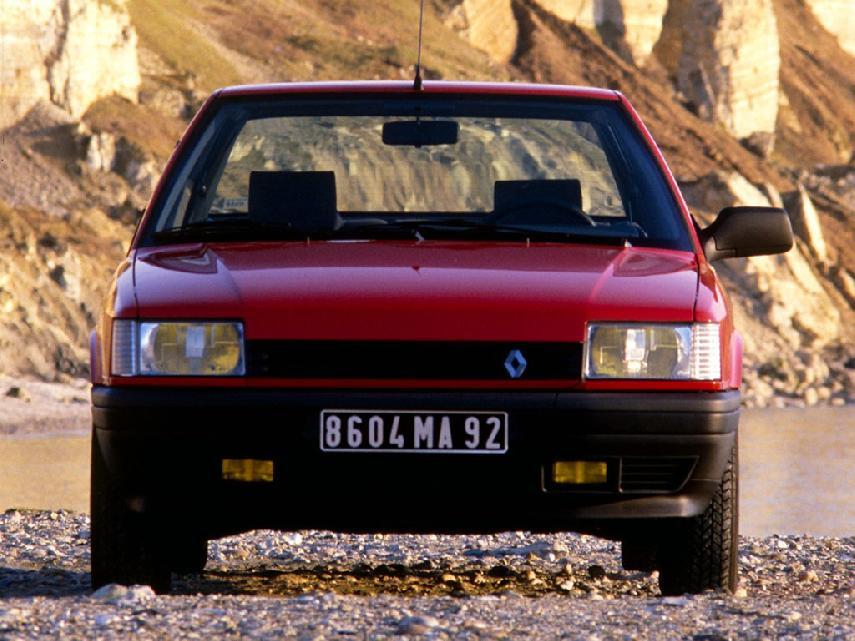 Coche del día: Renault 21