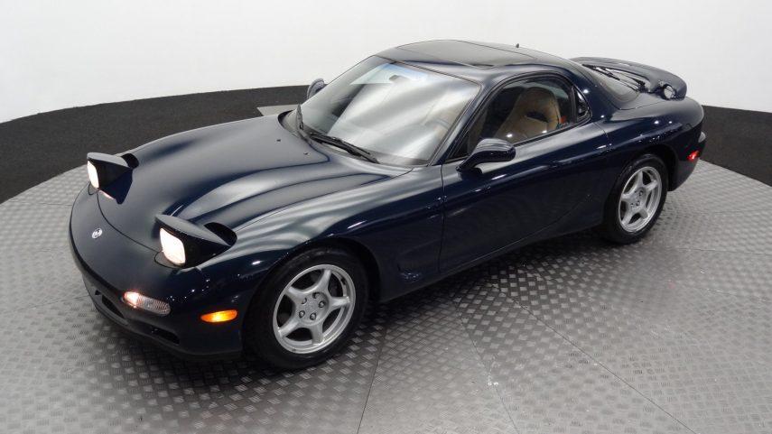 Este Mazda RX-7 del 94 busca nuevo dueño (y disfrute)
