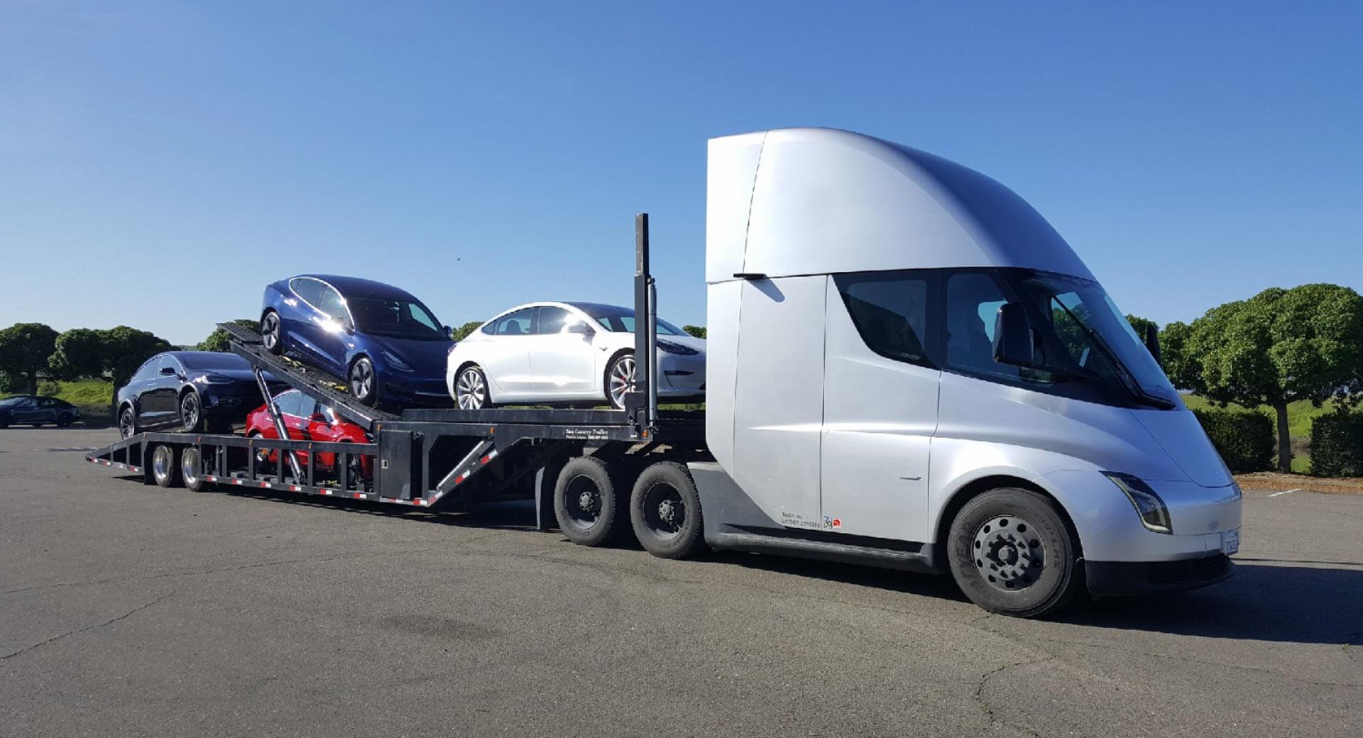 Tesla: pérdidas en el primer trimestre, demostración del Autopilot y promoción del Tesla Semi