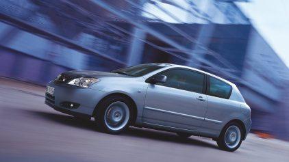 Toyota Corolla E120 T Sport 2