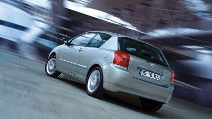 Toyota Corolla E120 T Sport 4