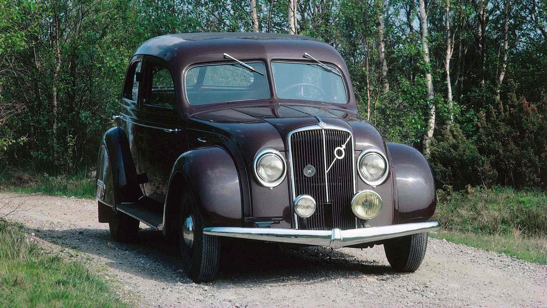 Volvo PV 36 2