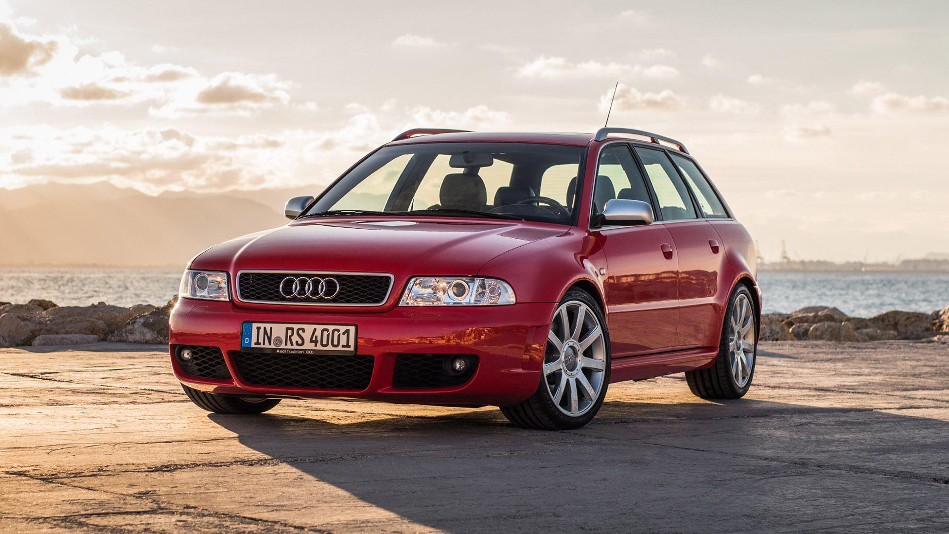 Audi RS4 B5 0
