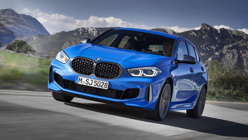 El BMW M135i xDrive 2019 se pasa a los cuatro cilindros transversales