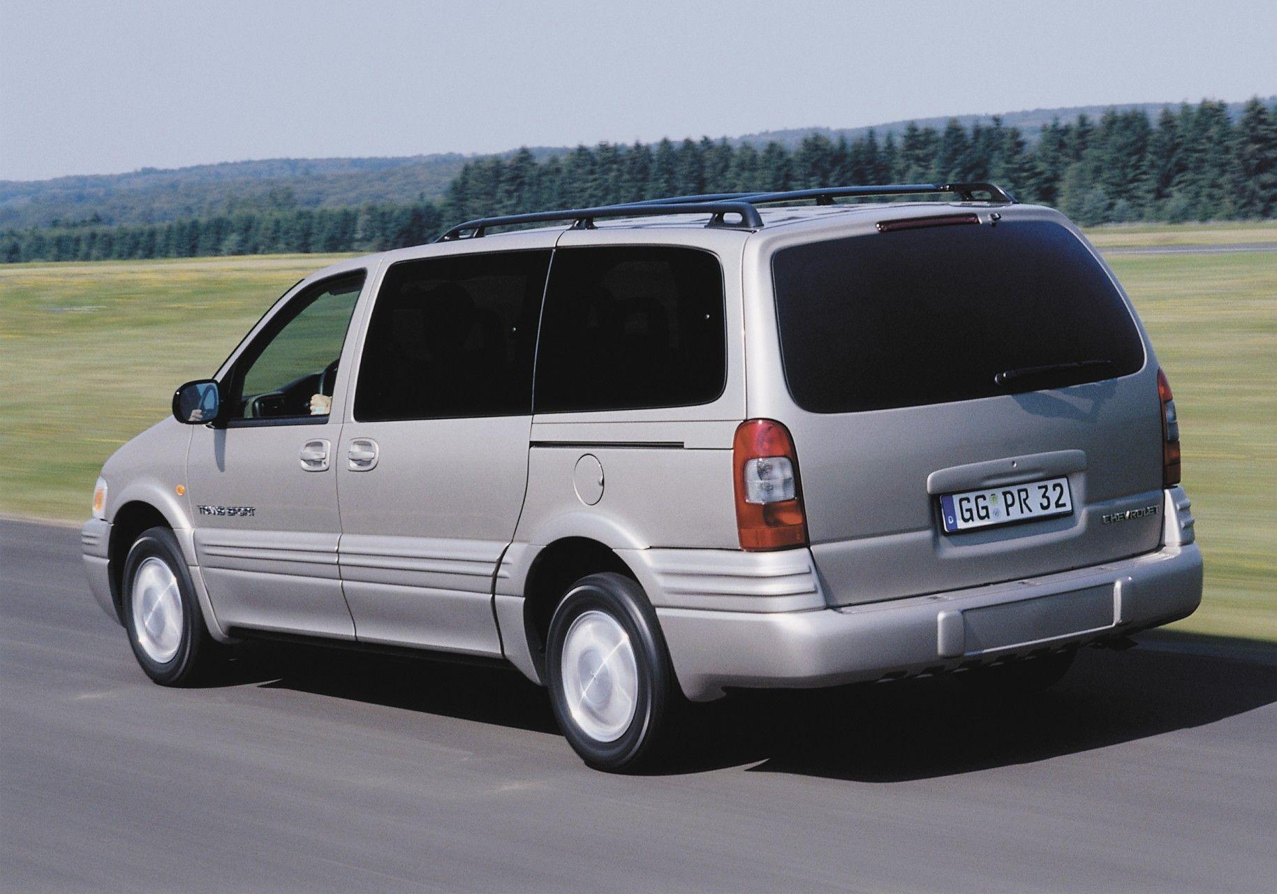 Chevrolet Trans Sport 4