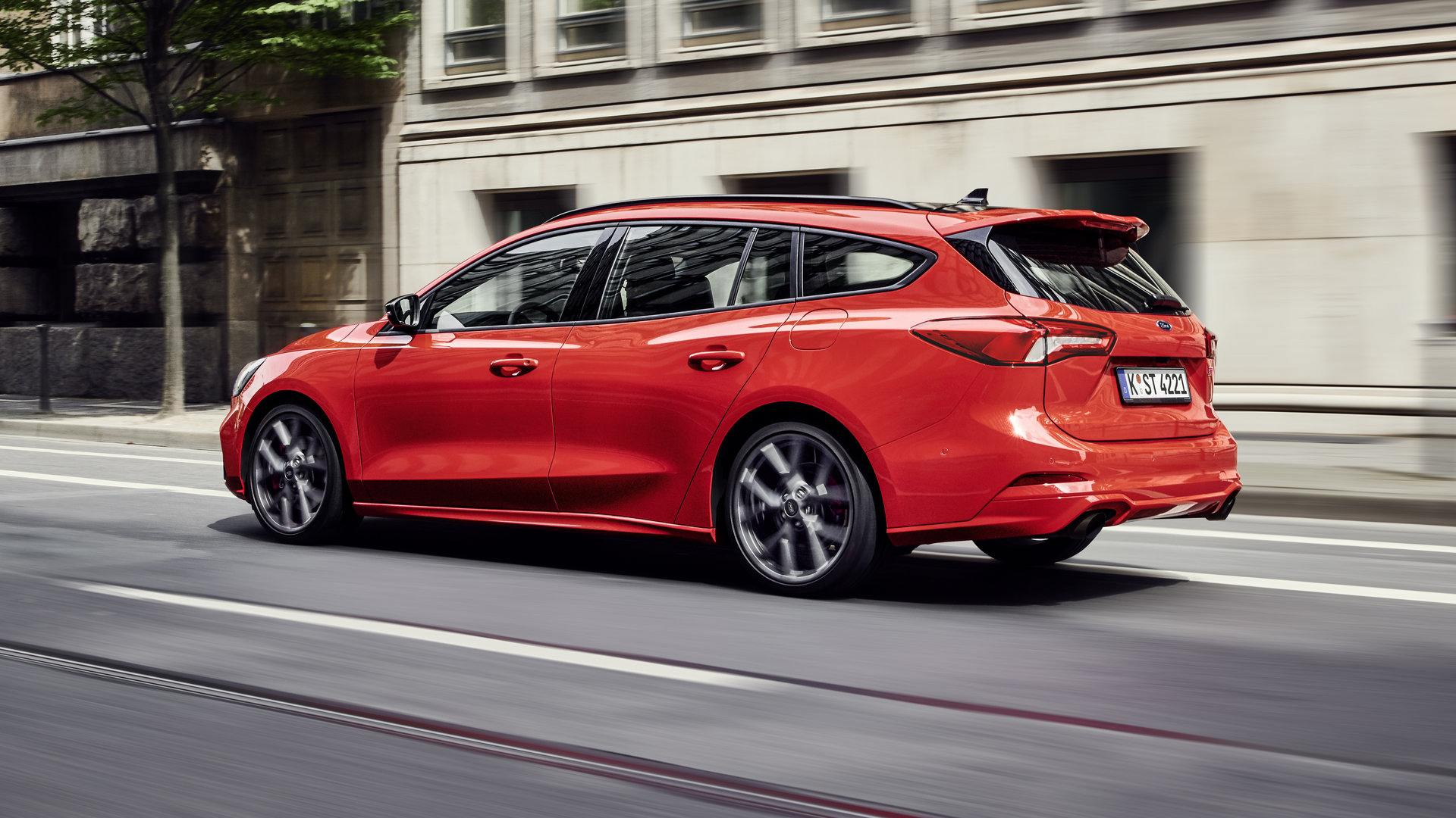 Ford Focus ST Station Wagon 2