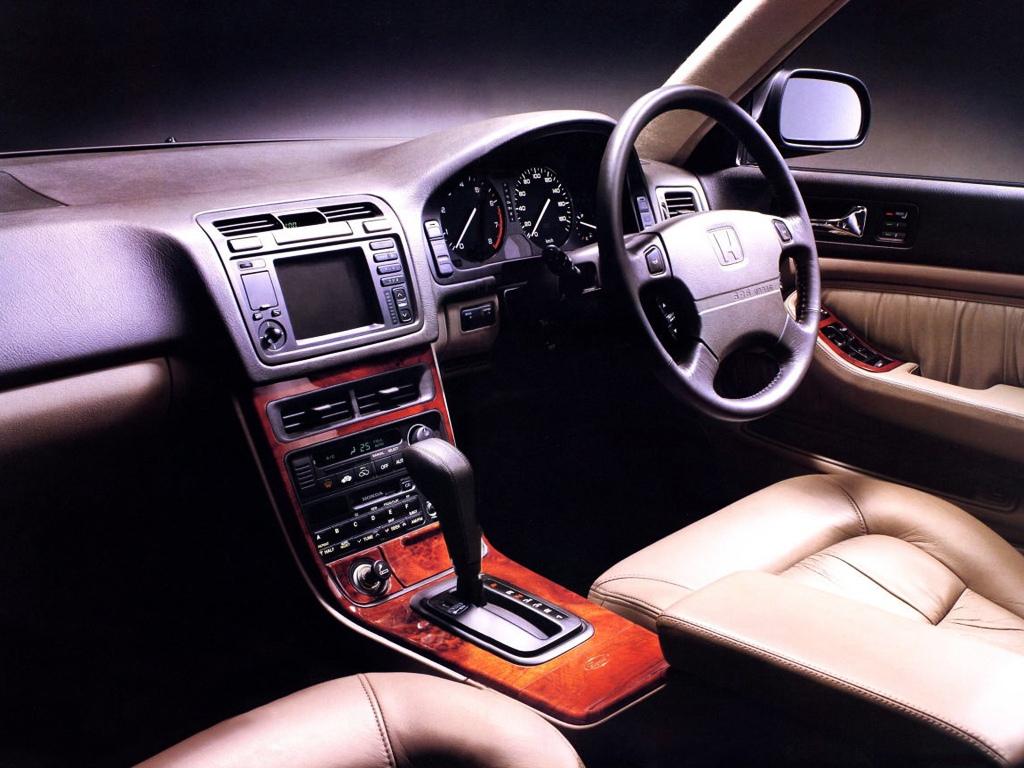 Honda Legend KA 4