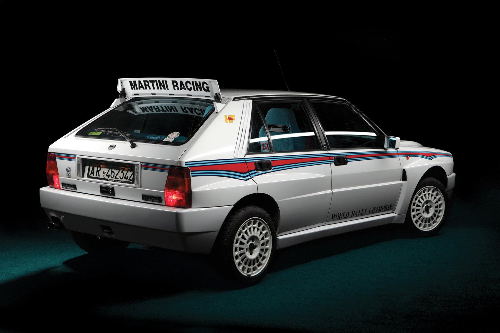 Lancia Delta HF Integrale Evoluzione Martini 6