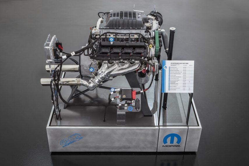 Mopar Hellephant Crate Engine 03