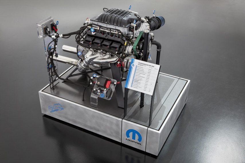 Mopar Hellephant Crate Engine