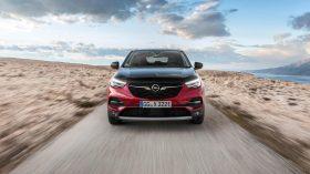 Opel Grandland X Hybrid4 04