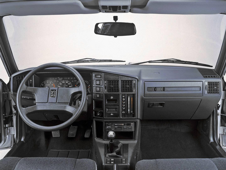 Peugeot 505 Turbo Interior