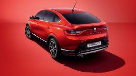 Renault Arkana 10