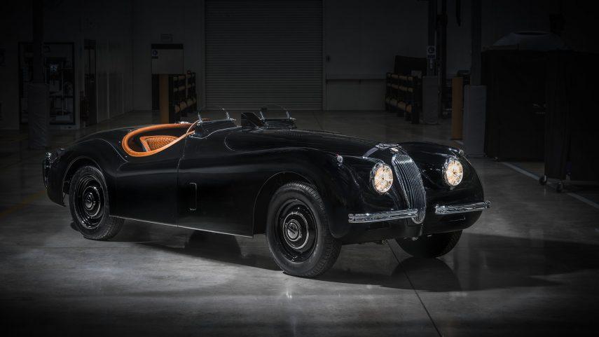 David Gandy recibe el Jaguar XK 120 de sus sueños (y de los tuyos)