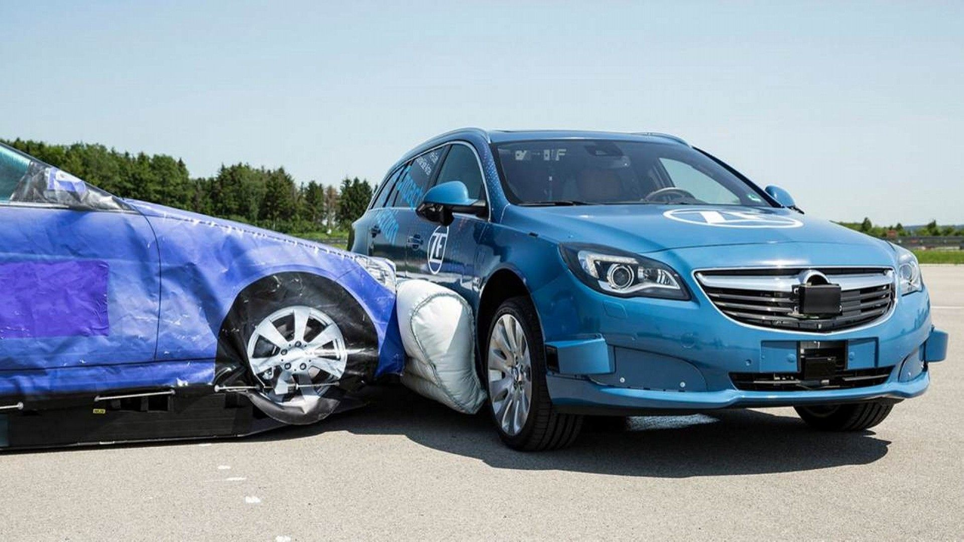 El airbag lateral de ZF es una gran idea que podría llegar a las calles