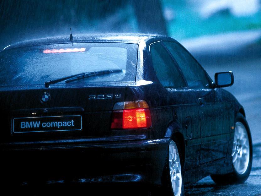 BMW 323 Ti Compact E36 2