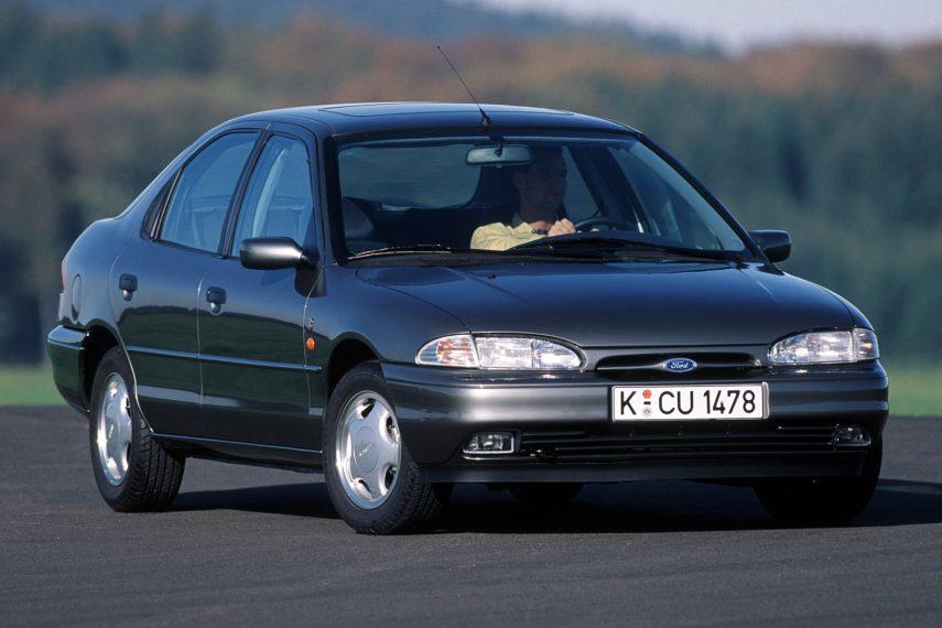 Coche del día: Ford Mondeo 2.0i Ghia (Mk.I)