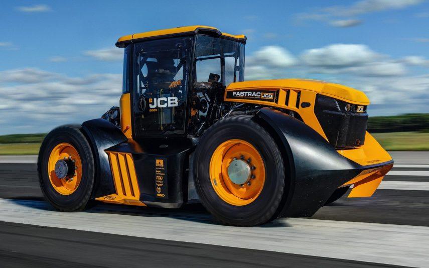 Este JCB Fastrac es el tractor más rápido del mundo