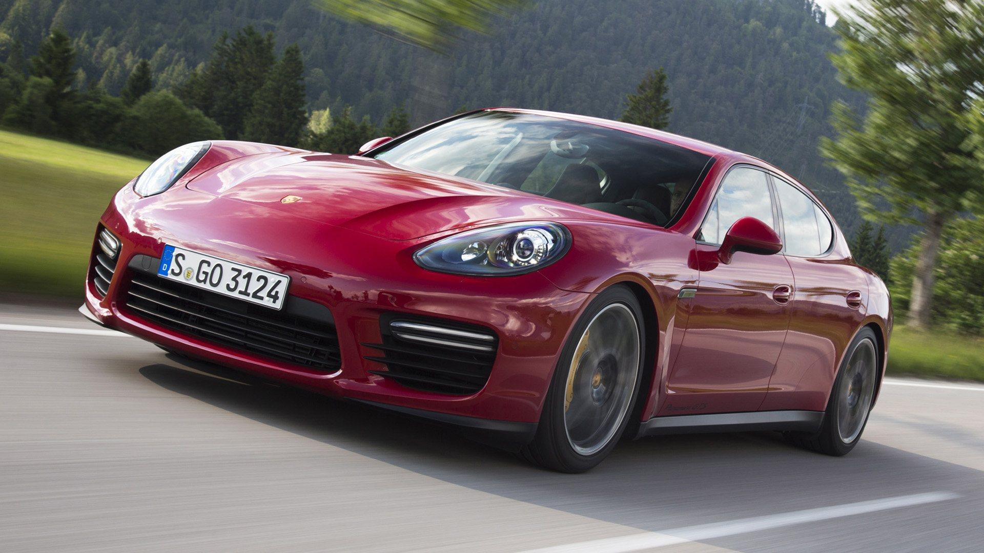 Porsche llama a revisión a casi 100.000 Cayenne y Panamera en Estados Unidos