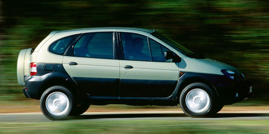 Coche del día: Renault Scénic RX4 2.0 (I)