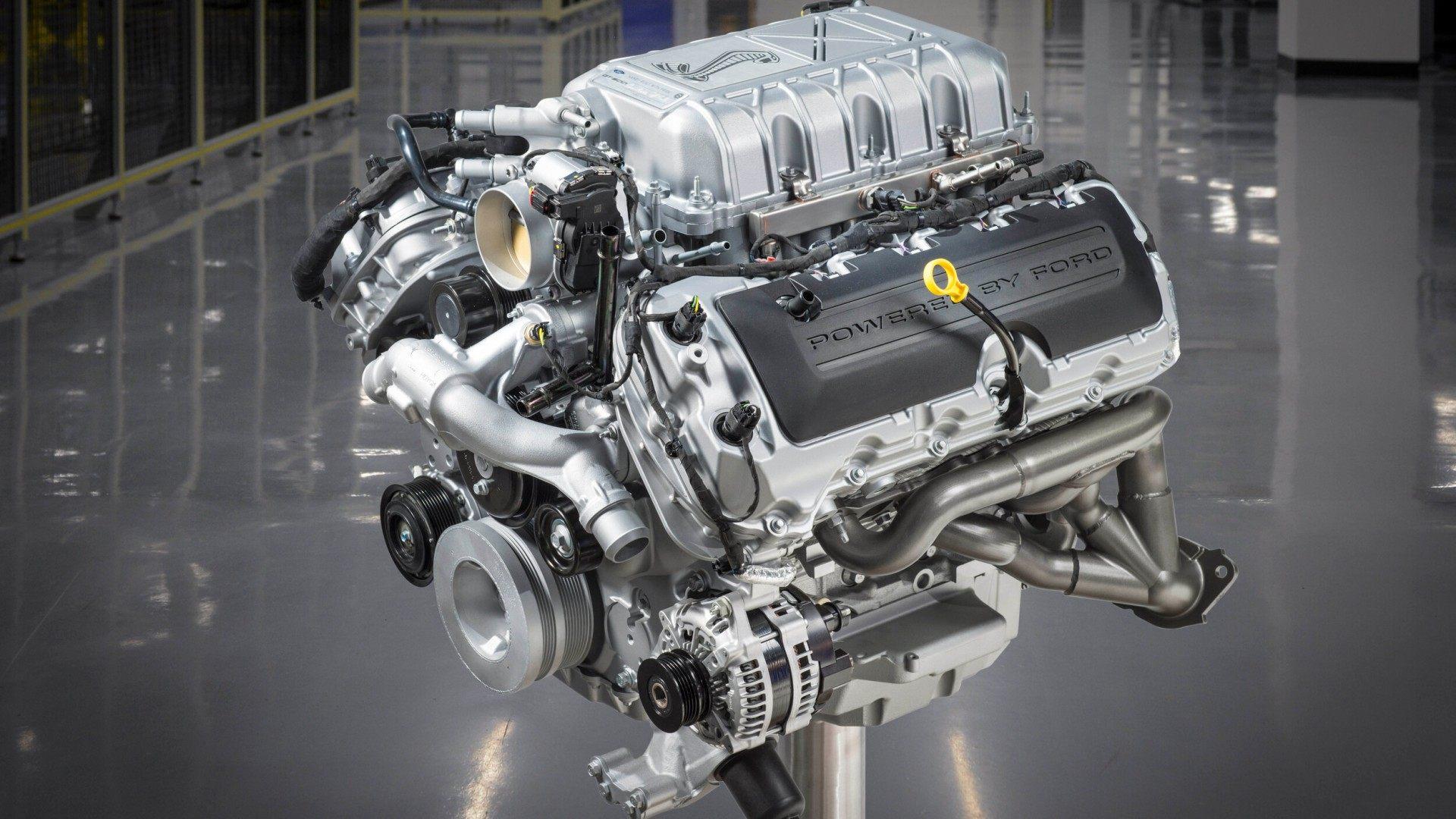 Shelby GT500 Motor (5)