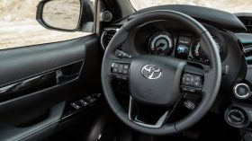 Toyota Hilux Legend Black (18)