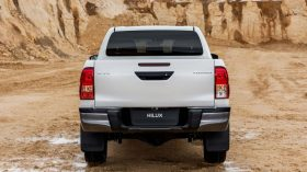 Toyota Hilux Legend Black (29)